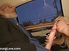 Horny College Slut Gives Large Cock A Blowjob <font color=#43d0cc>31:19 мин</font>