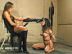 Chantas lesbian masochistic slaves <font color=#43d0cc>25:23 мин</font>