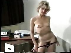 Mature whore stripteases in office <font color=#43d0cc>15:23 мин</font>