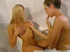 Две девушки в ванной <font color=#43d0cc>21:20 мин</font>