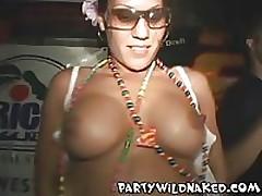 Drunk Night Club Girls Kissing <font color=#43d0cc>24:37 мин</font>