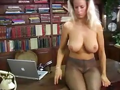 Adele Stephens - Pantyhose in the Office - <font color=#43d0cc>21:37 мин</font>