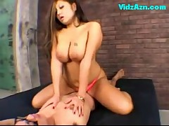 Asian girl riding on guy cum to condom sucking cock on the b - <font color=#43d0cc>33:30 мин</font>