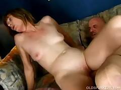 Бесплатное порно созрелыми дамами <font color=#43d0cc>30:35 мин</font>