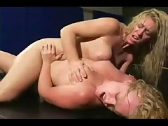 Скачать японское порно лесбиянок с шариками <font color=#43d0cc>17:48 мин</font>