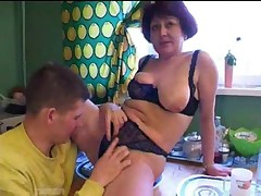 Russian Mom And Son in Kitchen - <font color=#43d0cc>27:55 мин</font>