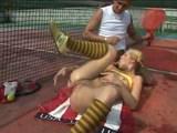 Порно на теннисном корте <font color=#43d0cc>25:16 мин</font>