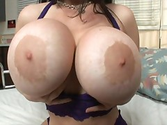 Daphne Rosen with her big boob - <font color=#43d0cc>34:36 мин</font>